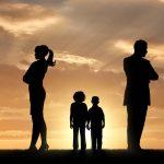 Necesitamos el consentimiento de ambos progenitores para evaluar a un menor